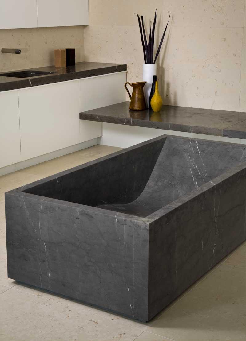Sena | Stone bathtub - Vasca in pietra | Vaselli