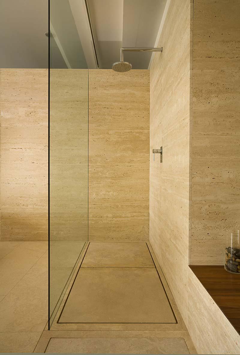 piatto doccia in pietra - stone shower tray Mons | Vaselli