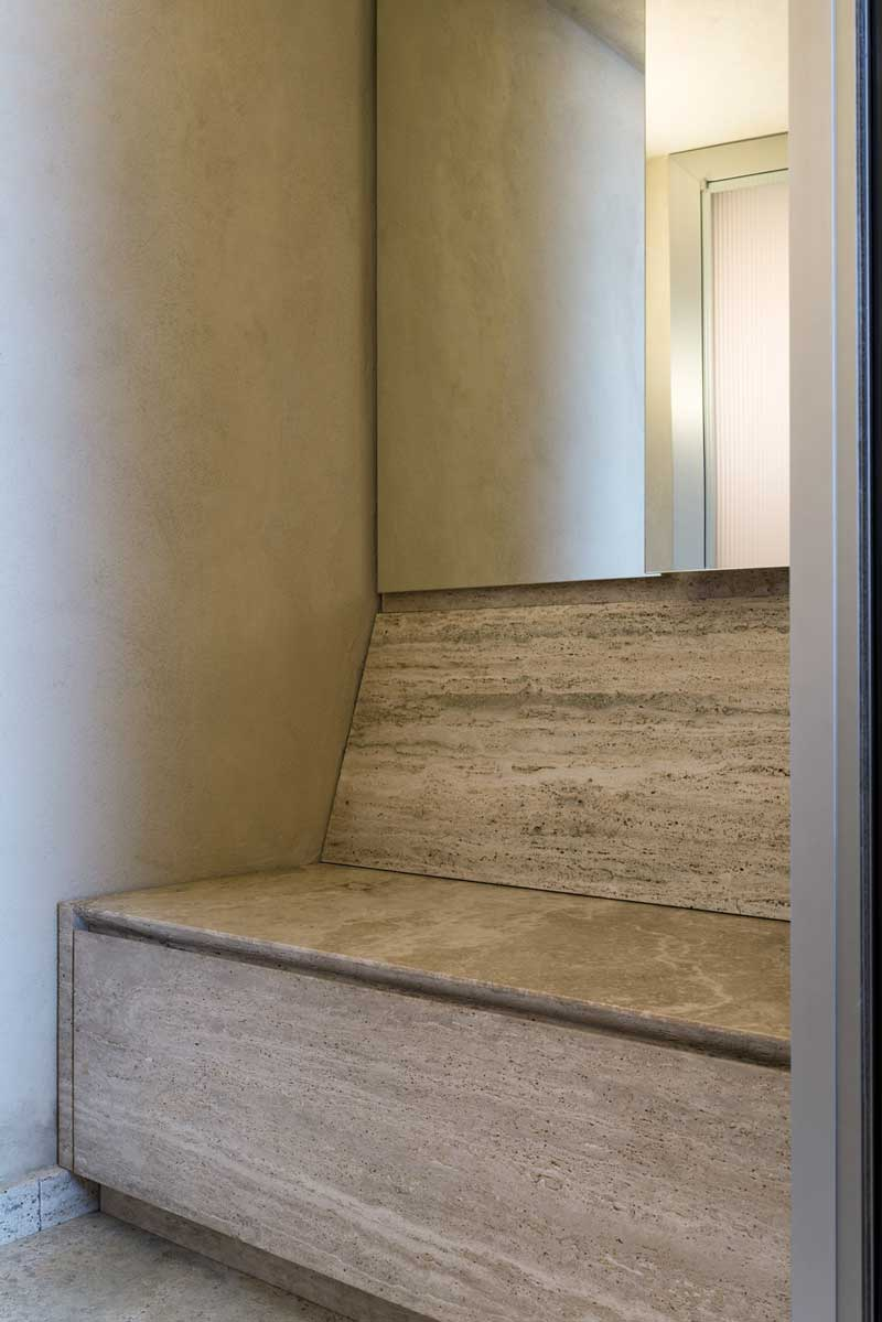 Bagno in pietra su misura bagno in travertino vaselli - Bagno in pietra ...
